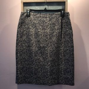 Banana Republic Lined Skirt Side Zip Size 8